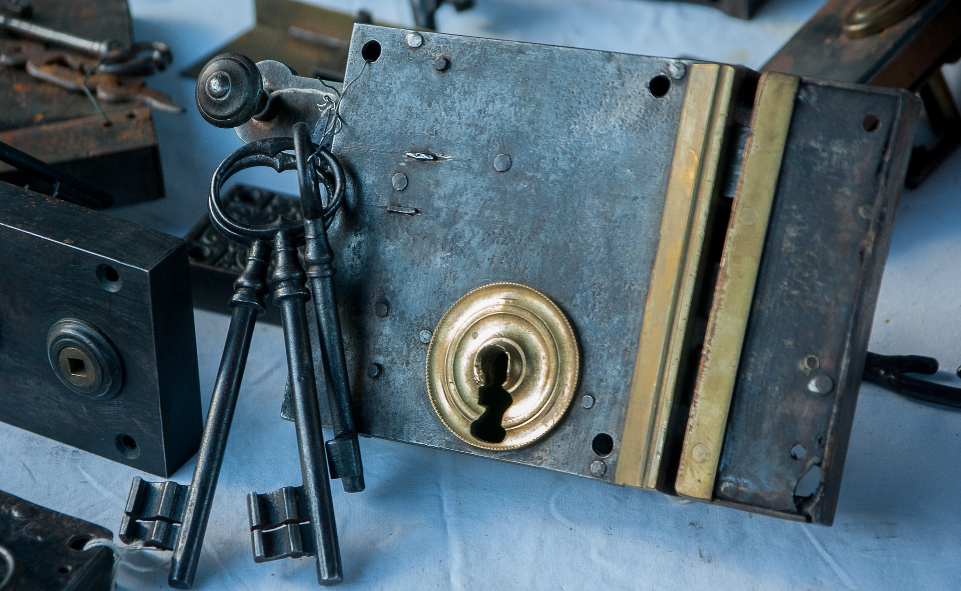 All About Locksmiths